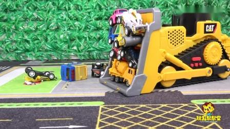 儿童玩具车视频:推土机工作表演清理小汽车砖块和石子