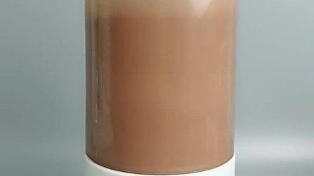 巧克力热牛奶,巧克力加上热牛奶,这个冬天喝上一杯暖暖的😘😘😘❤