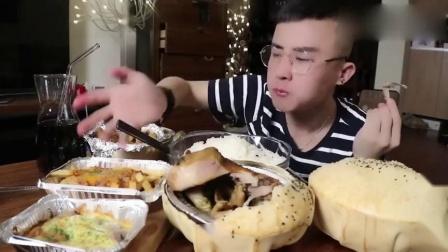 吃饭啦小强:头次见奇怪的蛋挞鸡、芝士焗红薯、肉酱薯条