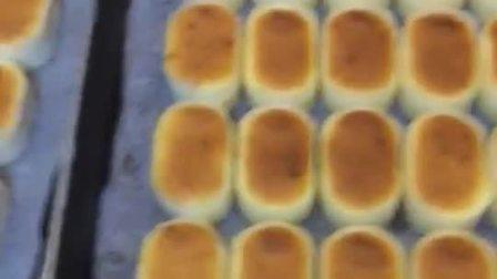 今天起,开办网络教学群(有偿教学) 教学内容包括,甜面类,丹麦类,欧包类,常温蛋糕,饼干,老式等100多款产品,中高低端产品都有  适合夫妻店,私人烘焙,初学者