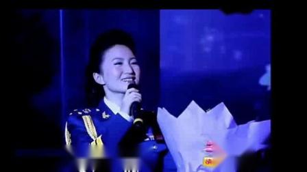 旗袍美人杜桦演唱《珊瑚颂》在浙江兰溪第三界l兰花节上演唱