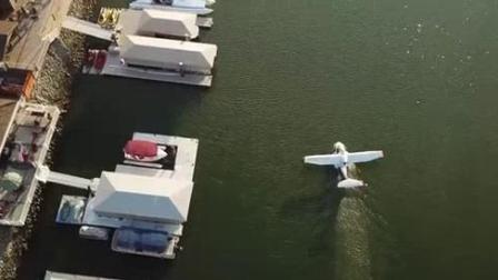 我在ICON A5运动轻量型水陆两栖飞机截了一段小视频