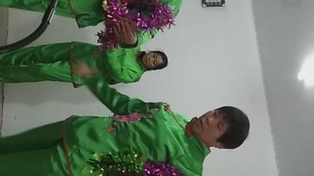 VID_20181230_112436利辛县郭新寨教会花篮舞《圣灵的九果》