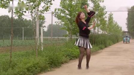 美女热舞--乌兰图雅-草原妹妹--玉美人原创舞蹈-正面-背面-示范户外自然景观_高清
