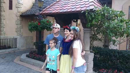 Snow White & Mickey Mouse Character meetings