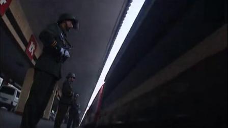 经典悬疑警匪剧:《121枪杀大案》精彩片段9