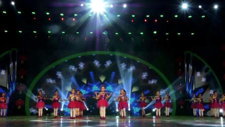 大眼睛-三原县小孔雀舞蹈培训中心