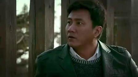 《于无声处》胡军去接头,演技太好了,连齐老头都被,认为他怂
