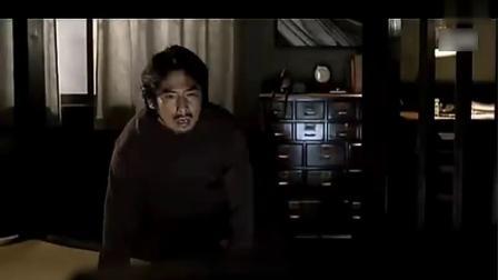 午夜凶铃最经典片段,女鬼直接从电视爬出来,据说这段吓了3人