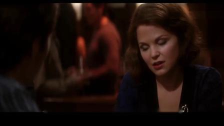 一部很养眼的经典电影,他其实没那么喜欢你,斯嘉丽美的让人痴迷