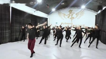刘国强古典舞《葬花吟》