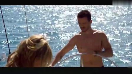 三分钟看完恐怖片《大堡礁惊魂》,几名背包客惨遭食人鲨活撕