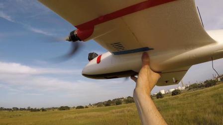 » 小鹅Mini Goose Maiden Flight国外客户视屏