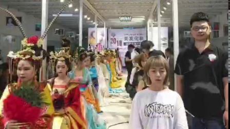 西安最好的美发短期培训栗红强学校学生美发技能大赛