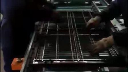 洛阳排焊机,洛阳自动排焊机,焦作鸡笼网自动排焊机,驻马店鸡笼网自动XY轴排焊机