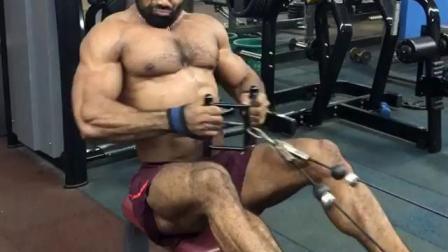 健身房肌肉男2