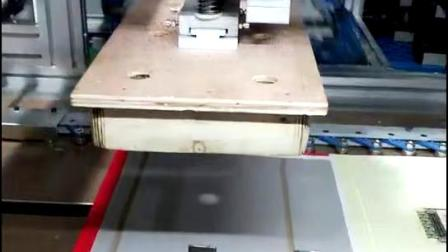 CCM线性模组应用-书型盒包装