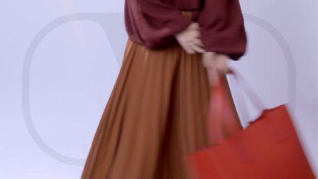 孙怡 x Valentino VRING Bag