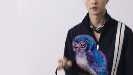 张艺兴 x Valentino VRING Bag