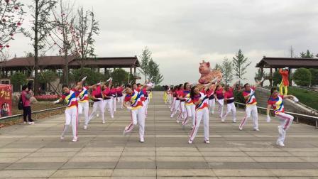 四川.什邡.梦之队演绎中国梦之队.快乐舞步第十四套健身操