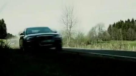 """杰森、斯坦森奥迪A8 VS奔驰E级的""""玩命快递秀车技3"""""""