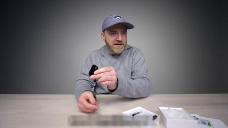 389 美元定制版!苹果 AirPods 2 黑色款开箱