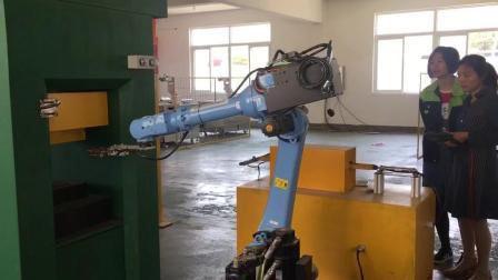 南京工业机器人操作培训  力恩教育工业机器人编程教学