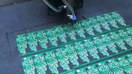 电路板自动点胶,圆形点胶机,笔记本点钻机,全自动视觉点钻机 。