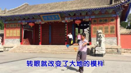 甘肃省陇西县宏扬空竹队员,李永林,李家龙宫玩空竹2019年端午节。