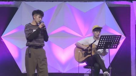 """陈顺清唱AJ弹吉他,一首好听的歌儿赠奶茶 """"流浪星空""""奶茶商振博生日会 20190608"""