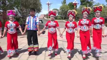 普艺惠葫芦花红衣左脚舞