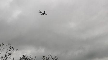黄山屯溪机场飞机起飞