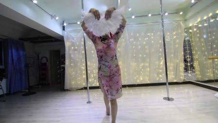 呼市钢管舞培训_呼和浩特钢管舞教练培训班 - 三亚陶子空中舞蹈
