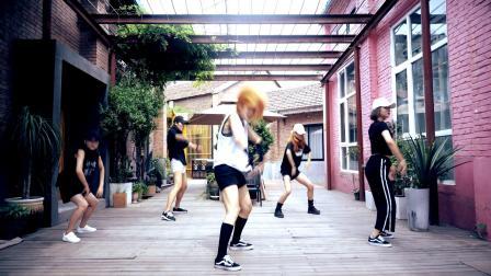 郑州爵士舞蹈教练班哪个老师教的好 皇后舞蹈师资培训专业院校 friends