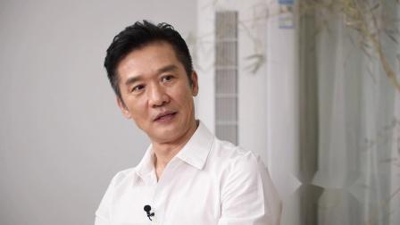 黄志忠导演演员双轨前行,生而为人永远年轻