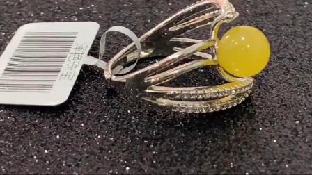 蜜蜡戒指女网红手饰S925纯银镶嵌天然老鸡油黄琥珀首饰送证书