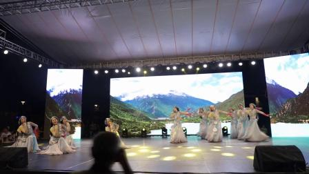 《青海湖》-蝶粉迷舞蹈队
