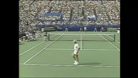 【全场】格拉芙VS纳芙拉蒂洛娃 1989年美网女单决赛
