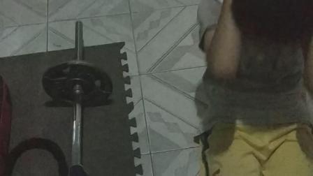 广东表弟一起锻炼身体