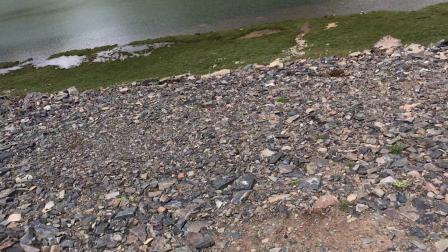 མཚོ་རྒན་མ། 青海省果洛州达日县建设乡湖水