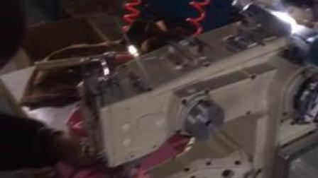 曼德利VT1500筒试绷缝三针五线4针6线 试车操作视频