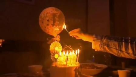 网红纸屑气球 蛋糕装饰亮片铝箔气球生日烘焙 火烈鸟翅膀羽毛摆件