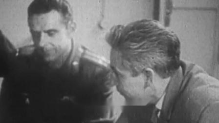第一名因载人航天遇难的宇航员 , 弗拉基米尔·米哈伊洛维奇·科马洛夫