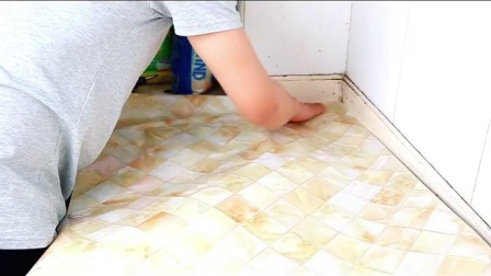 君晓天云壁纸自粘50米大卷大理石纹贴纸厨房防油整体橱柜桌子檯面防水家俱翻新
