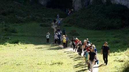 2019年8月10-19日-徒步三峡之巅-利川篇-怒晴湘西之清江古河床(简化版)