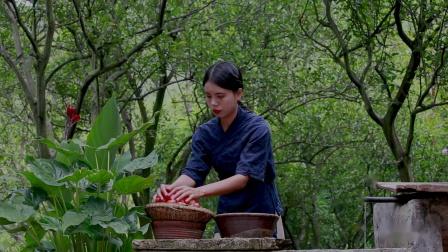 地里摘6斤毛辣果,熬一锅酸汤,只为做一锅鲜嫩无比的凯里酸汤鱼。