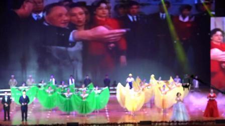 歌曲联唱《跟着共产党走》-重龙镇卫生院片区表演