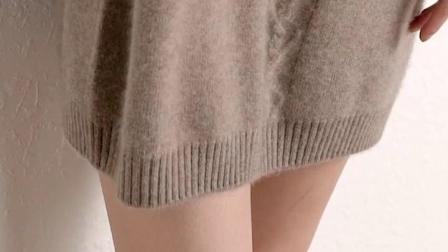 君晓天云羊葱羊绒衫女中长版2019秋冬新款赫本风高领宽鬆韩版纯色洋装