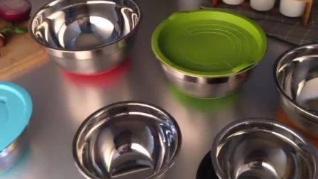 君晓天云圆形不鏽钢打蛋盆带硅胶防滑带盖防溅奶泡机奶油盆烘焙搅拌盆和麵盆