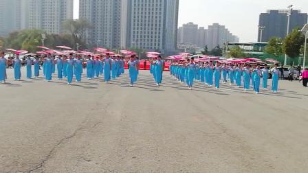 旗袍秀,韩秀珍会长领舞 大浪淘沙录制